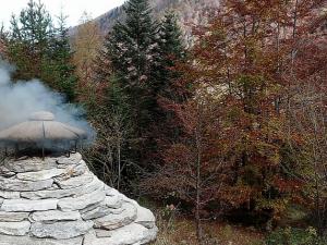 """Aspettando """"Letteraltura"""" 2020 – Escursione alle fornaci in Val Loana"""
